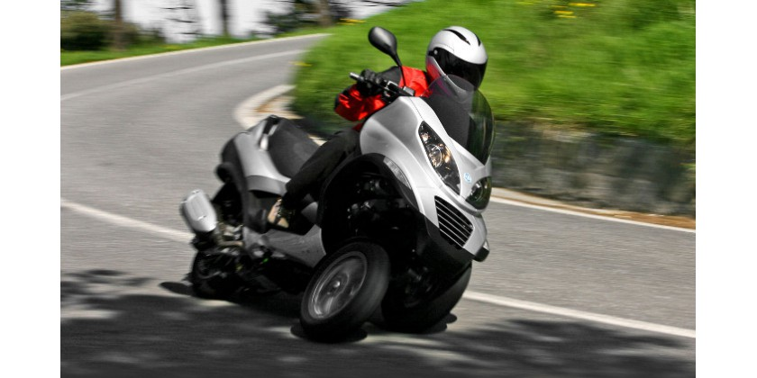 PIAGGIO MP3 : TRICYCLE RENEWAL